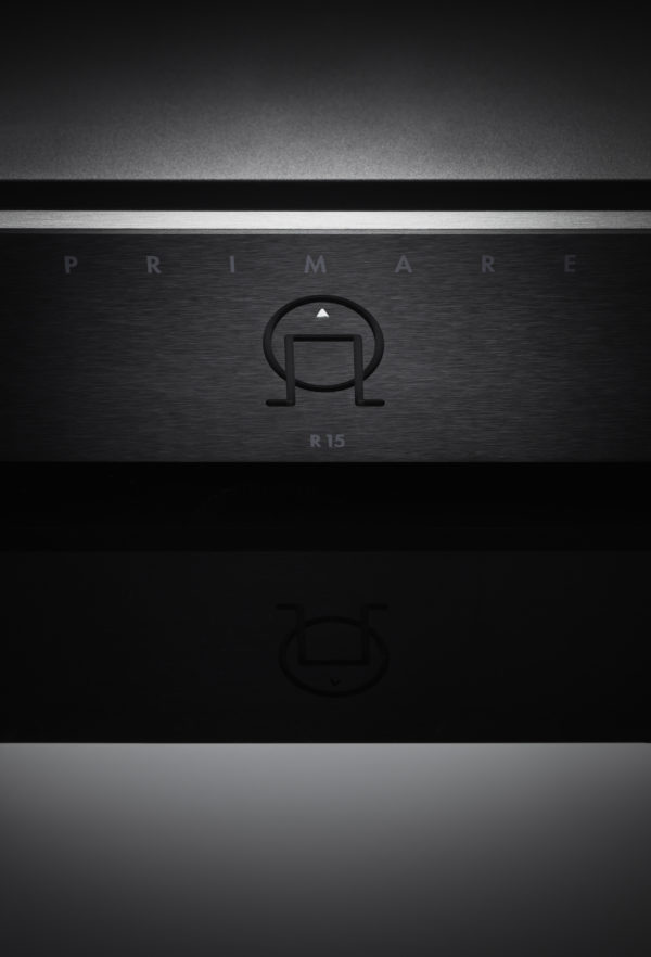 Primare R15 MM/MC phono preamplifier front black close up